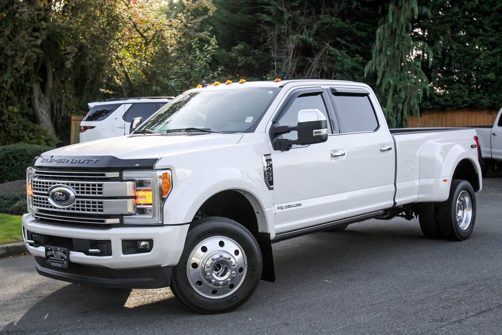 Pre-Owned 2019 Ford F-450SD Platinum